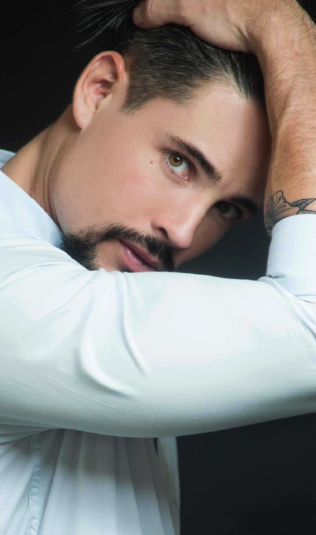 Adrián Cue - Actor
